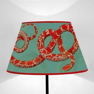 Paralume tronco di cono stampato su tela disegno Fauna Serpenti Rossi fondo Verde