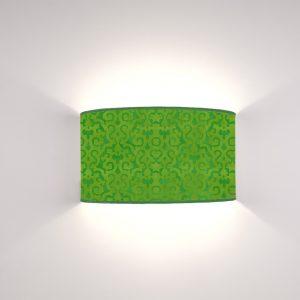 Arabesco Verde Mela su fondo Smeraldo