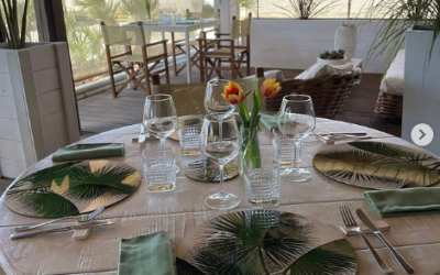 Three ways to set the table with placemats